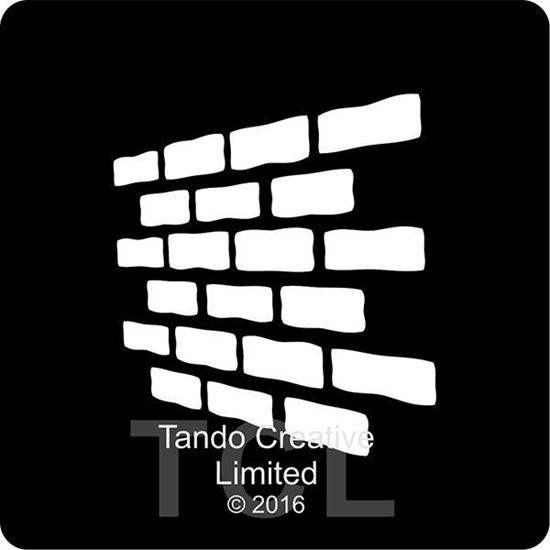 Tando Mini Mask - Bricks Perspective
