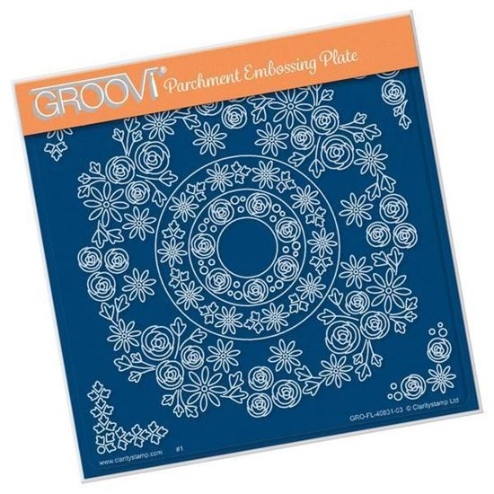 Tina's Rosie Doodle Wreath - Groovi A5 Square Plate